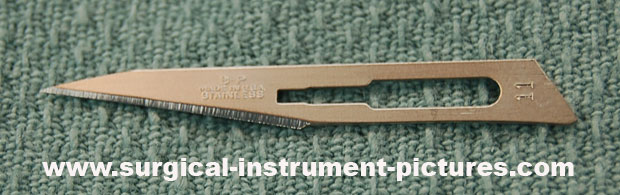 Surgical Intrument - surgical blade 11 12 10 15